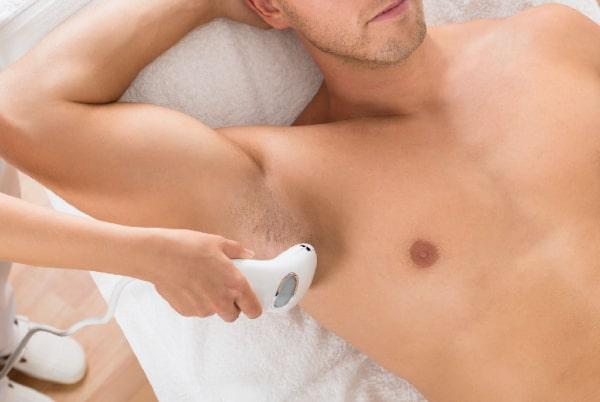 Epilare permanentă cu laser la bărbați